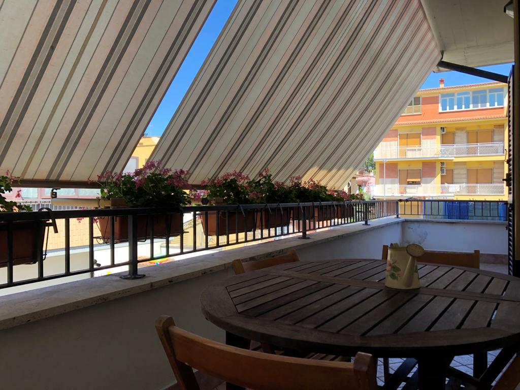 Villanova, Via Maremmana Inferiore 74, Appartamento in contesto riservato con terrazzo