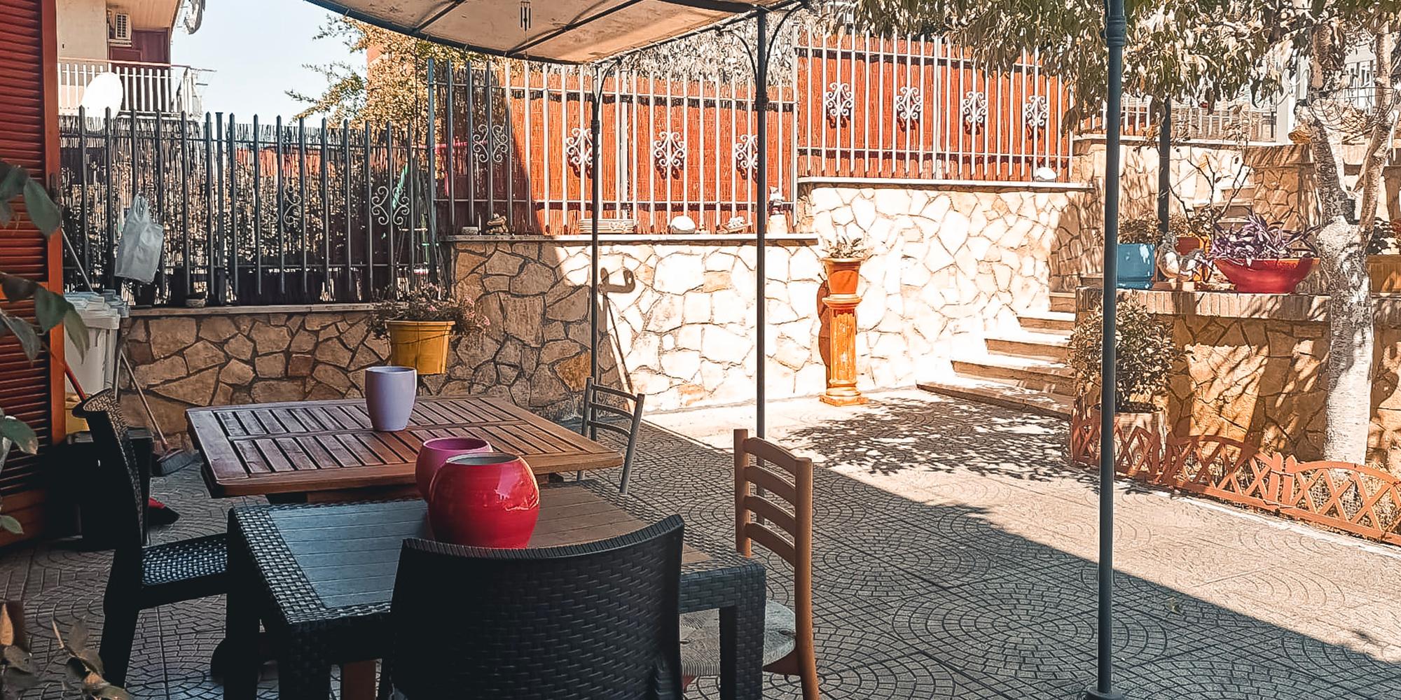 Guidonia, Piazza Leone Bernardini, Appartamento con entrata indipendente